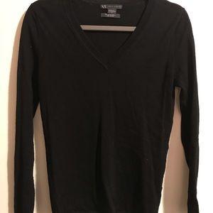 Price ✂️ Lightweight wool V Neck sweater